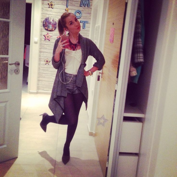 Autumn outfit #zara cardigan and shoes  #h&m shorts and shirt