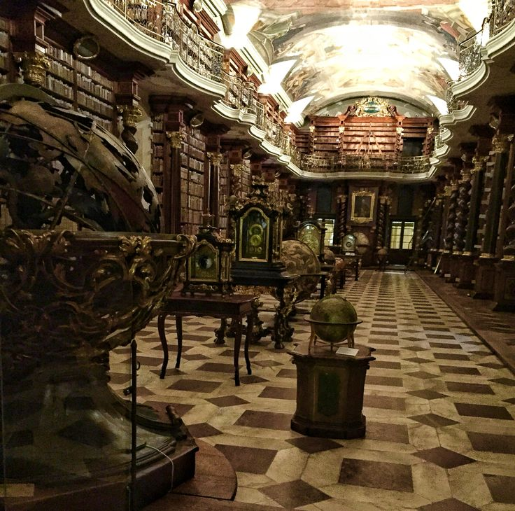 #klementinum #library #themostbeautiful #1722 #baroque #architecture #20000books #globe #historic #prague #czech #europe #travel