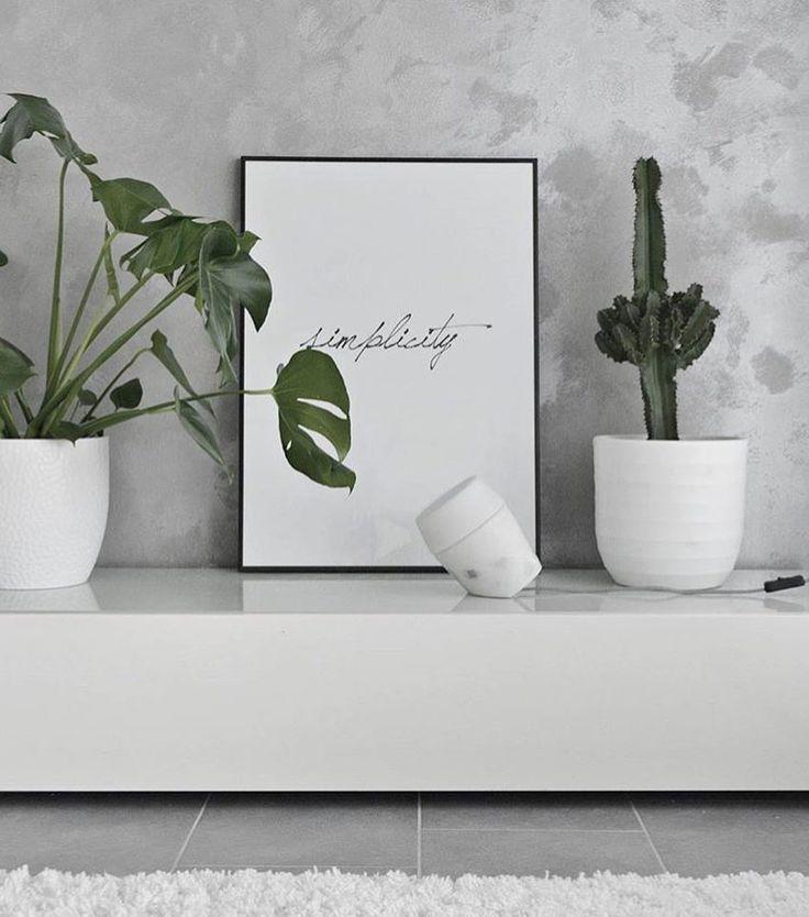 So beautiful  @hannankotona  Louhi - Sessak design  #louhi #sessakdesign #sessaklighting #finnishdesign #designfromfinland #interior #interiorlighting #interiorinspo #homelighting #lighting #sidelamp #valaisin #pöytävalaisin #scandinaviandesign #scandinavianhome