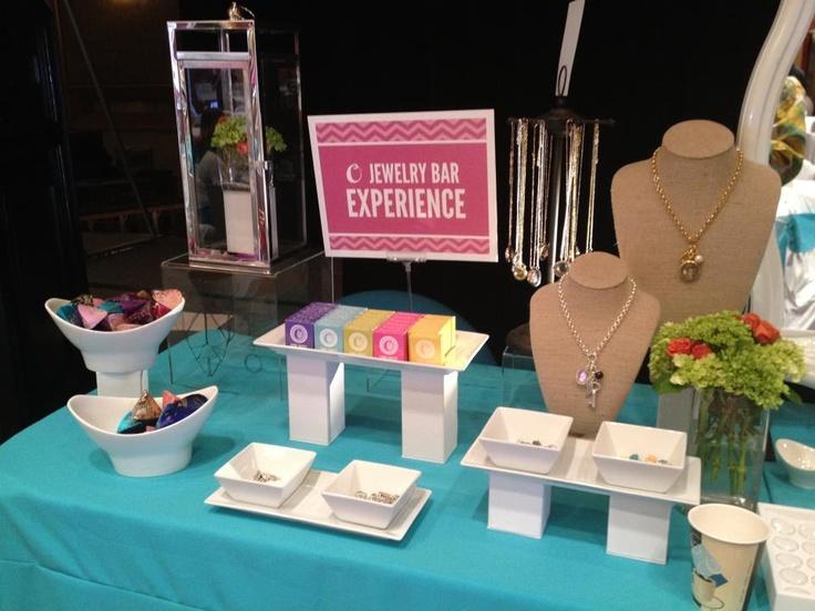 Origami OWl Jewelry Bar by Mindy Let's book yours today! Www.Jessicasanchez.Origamiowl.Com  Www.Facebook.Com/jessicatslockets