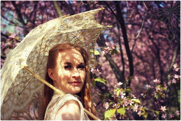 So many beautiful things <3 #cherry #flowers #laceumbrella #umbrella