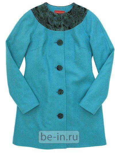 Пальто среднй длины - подходящие детали: круглый воротник, круглые контрастные пуговицы, хороший яркий цвет :)
