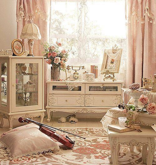 Antique rose themed bedroom room ideas pinterest for Antique living room ideas