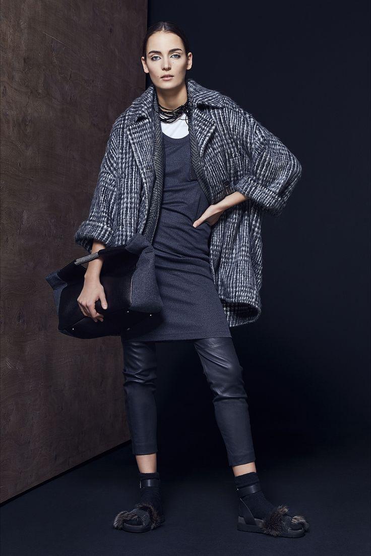 Sfilata Brunello Cucinelli Milano - Collezioni Autunno Inverno 2016-17 - Vogue