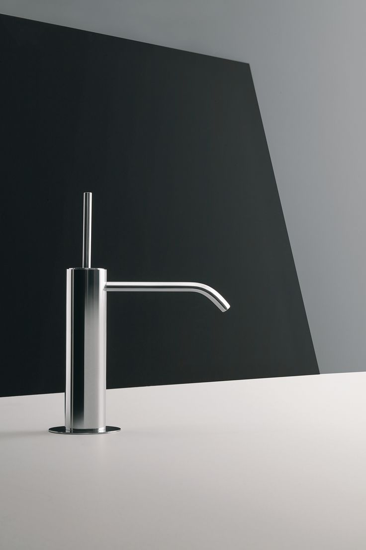 Colibrì, a graphic composition showing an extreme reduction of material. Disign: Angeletti Ruzza - #Fantini #faucet #design #homeideas