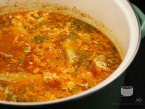 Ciorba de pui (try this one first) 1 kg carne de pui  1 morcov 1 ceapa 1 patrunjel radacina 1 felie telina radacina (cca 50 gr) 1/2 ardei gras rosu 150 ml bulion (sau 100 ml passata) 1 rosie bine coapta decojita (poate fi din conserva) 1 ou 3 fire leustean 3 linguri suc de lamaie (sau bors; pentru acrit) putin ulei sare
