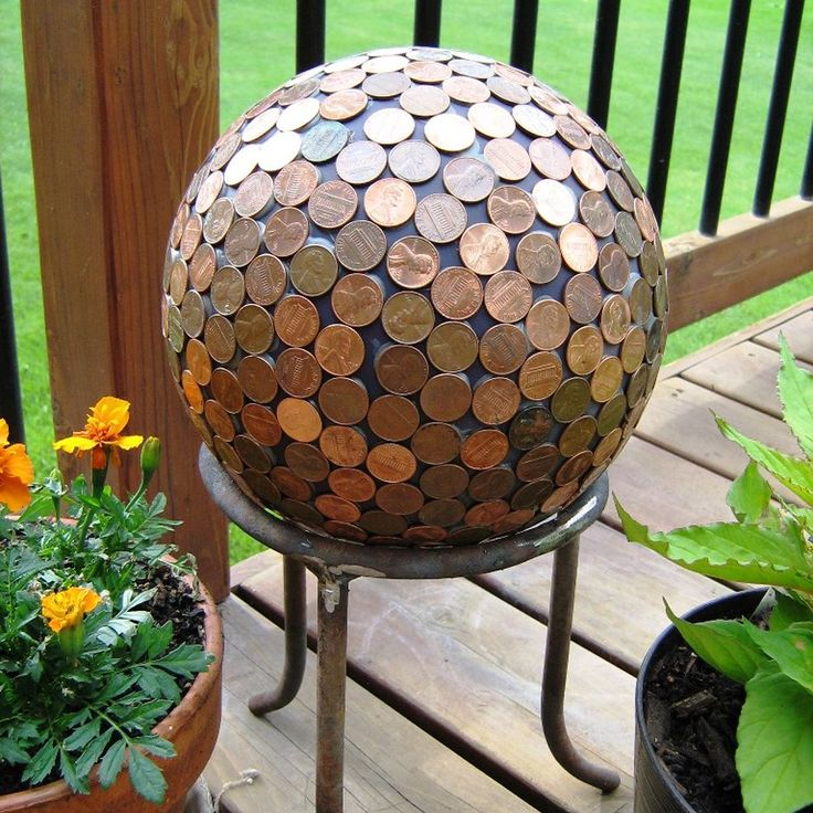 How to Make a Penny Ball for Your Garden -- need to make this!