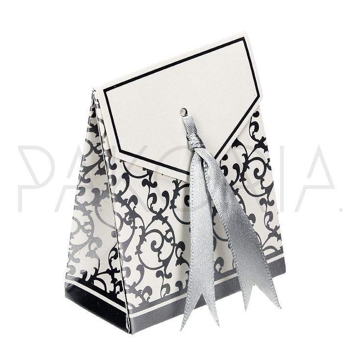 Pudełko pionowe SREBRNE ORNAMENTY ze wstążką. Podziękowania dla gości, pudełeczko na cukierki. Na wesele ślub czy inną okazję. Inspiracje na wesele. pakoria.pl  Wedding thanks, silver ornamental box. Wedding inspiration.