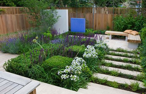 Clean lines and limited colours make this garden a stunning style statement