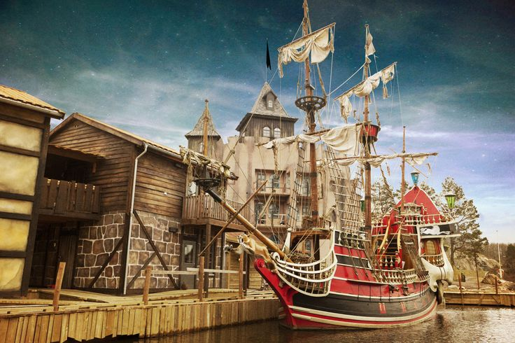 Stay in Captain Sabretooth´s pirate hotel in Abra Havn near the Kristiannsand Zoo in Norway. Here you can live like a real pirate.  http://www.dyreparken.no/