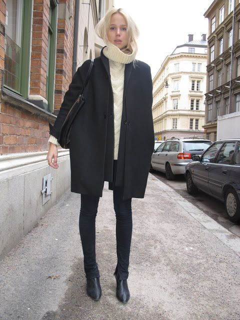 chelsea boots, winter outfit, ankle boots, booties, white turtleneck sweater, black coat, black blazer, black skinnies, elin king