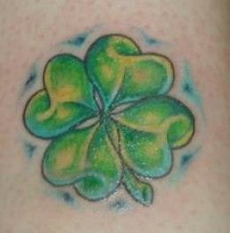 Looks real similar to James', but his is more faded.  Love the clovers  :)