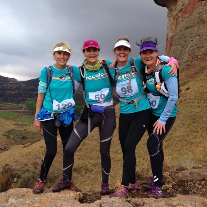 racefood supporters running the Wildlands Golden Gate Challenge 2013... This is the spirit we like:) Thanks ladies!