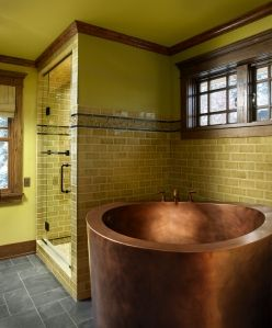 japanese soaking tub in craftsman style home (by corea sotropa)