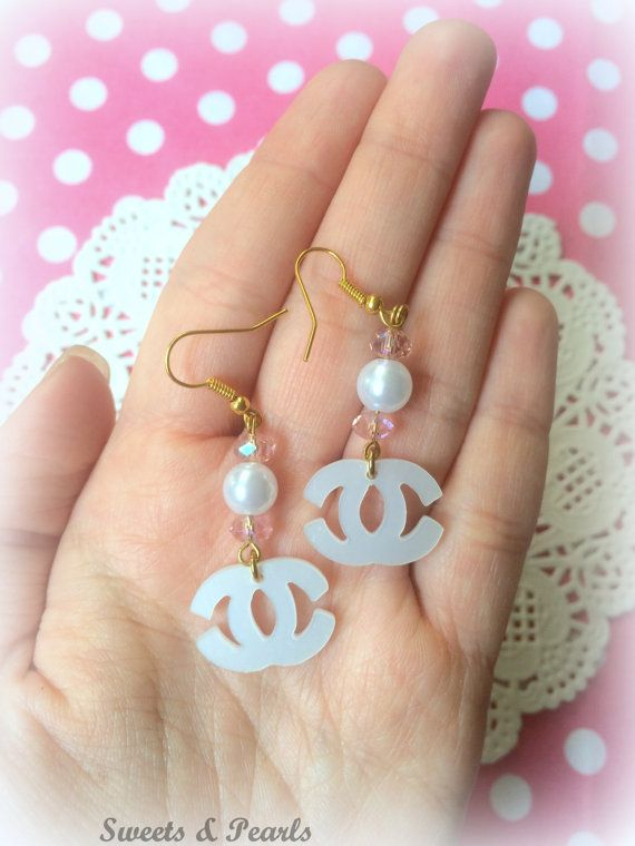 Miniature Acrylic Laser Cut Plexiglass Earrings Hooks/White Fashion Pink Crystal Beads Pearls/Silver Plated/Jewelry Handmade Decoden