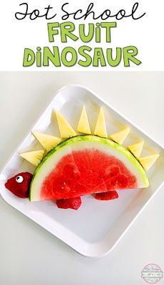 This fruit dinosaur would make the cutest snack for tot school, preschool or kindergarten.
