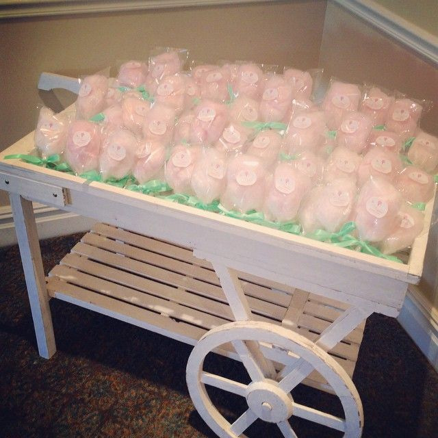 Our cart rental is available with and without the purchase of our favors to the Philadelphia area!