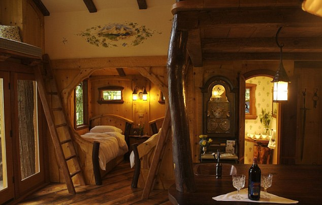 34 Best Images About Tree Houses On Pinterest Hobbit