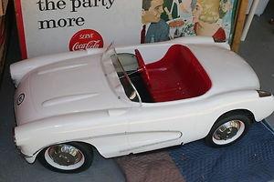 very rare 1956 eska chevrolet corvette pedal car ebay para mi casa pinterest pedal car and. Black Bedroom Furniture Sets. Home Design Ideas