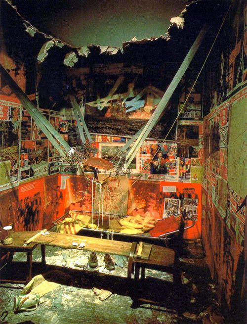 Ilya Kabakov, The Man Who Flew Into Space From His Apartment, 1985, mixed media, dimensions variable