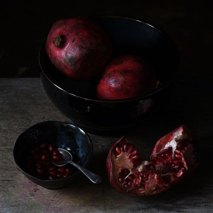 Don Urban Photography  Pomegranates are just amazing. There is nothing like them. Nothing like the colour or the taste.    #photography #still_life #moody #stilllife #tv_stilllife #minimal #foodphotos #lowkeyphotography #darktablemood #darkfoodphotograhy #marketfinds #organic #vegan #minimalphotography #fruitandvegetables #art #foodphotography #lowkey #darkandmoody #mynikonlife #stilllifephotography #moodyfoodphotography #pomegranate