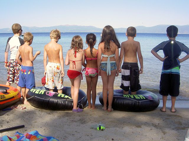 While the ski bunnies all are hibernating for the summer, Tahoe goes green and makes for the perfect warm weather escape, from pristine beaches to countless kid-friendly places to shack up.