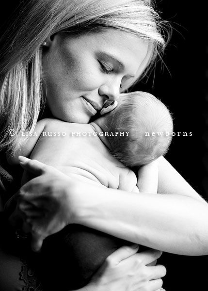 Mother and child. perfect: Photography Newborn, Newborn Photography, Baby Snuggles, Photo Ideas, Newborn Photos, Art Photography Inspiration, Baby Photography, Photography Baby, A2 Newborns