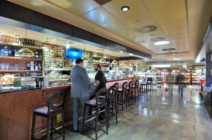 Visión lateral de La Máquina de la Castellana en el Gourmet Experience