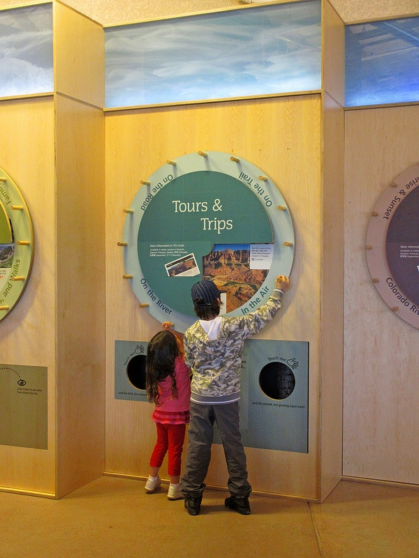Grand Canyon National Park Visitor Center Mechanical Interactive Trip Planners. View pre-selected Grand Canyon activity options based on available time and interests.