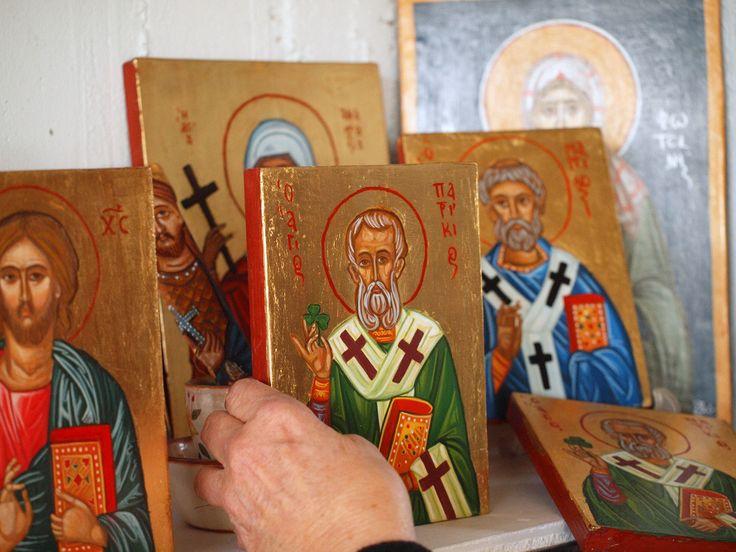 St. Patrick patron of Ireland, icon of the Saint with shamrock, catholic painting, orthodox byzantine iconography, religious spiritual by angelicon on Etsy