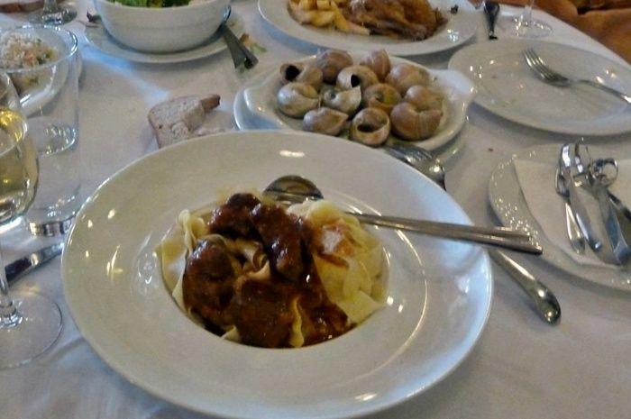 Πάρε το αυτοκίνητό σου και ξεκίνα. Τα καλύτερα εστιατόρια στην Βόρειο Ελλάδα είναι ο επόμενος προορισμός σου αν σ΄αρέσει το καλό φαγητό.