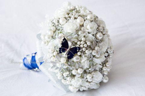 Lauren's Diamante & Pearl Brooch Bridal Bouquet – Baroque Bridal Boutique