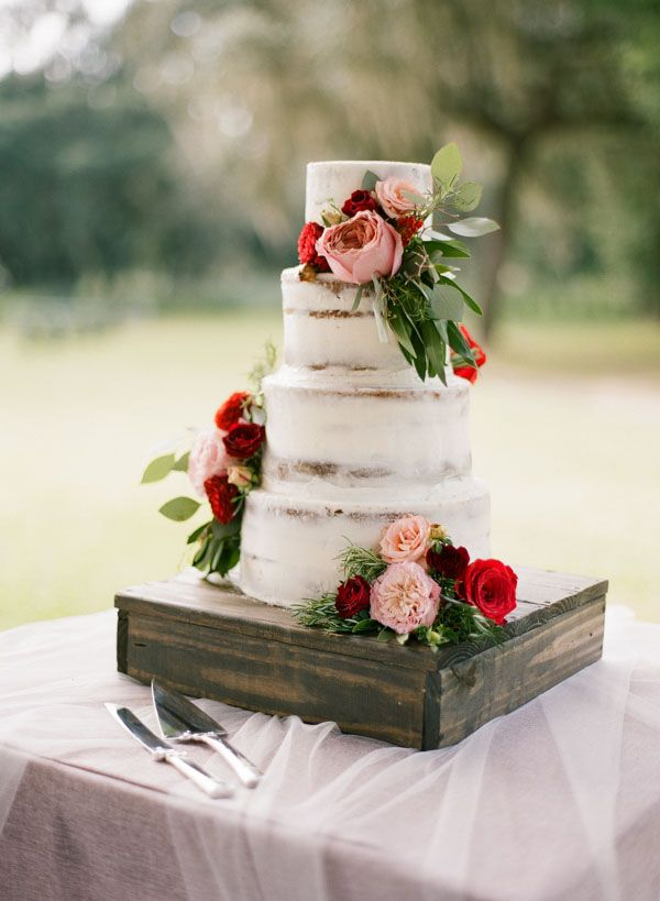 Rustic Floral Wedding Cake in Red and Pink | Emily Katharine Photography | http://heyweddinglady.com/rustic-lakeside-brunch-wedding-film-photography/