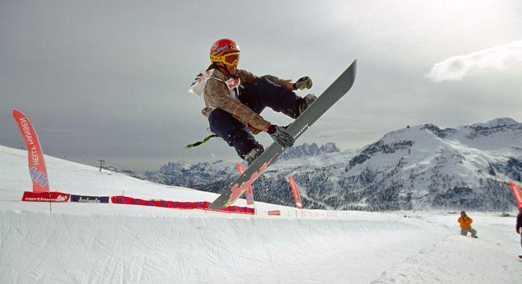 Snowboard in #dolomitistars