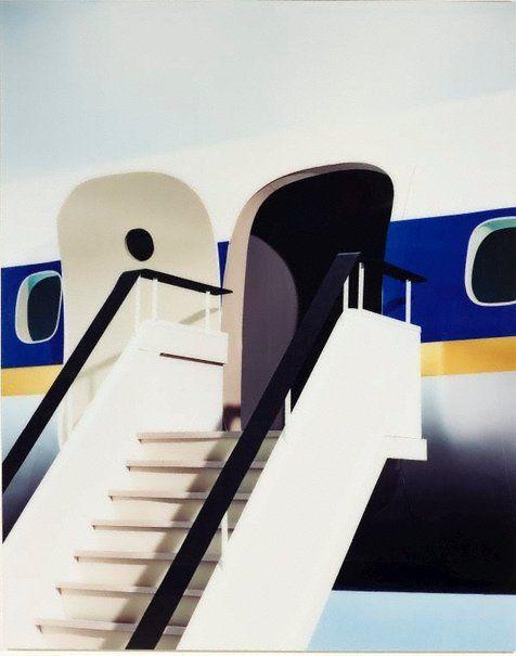 mpdrolet: Gangway, 2001 Thomas Demand