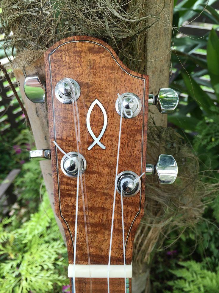 Australian Blackwood with MOP inlay and maple/ebony purfling inlay.