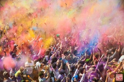 Craving for colors and fun! The Holi Festival 2014 in Barcelona had it all!