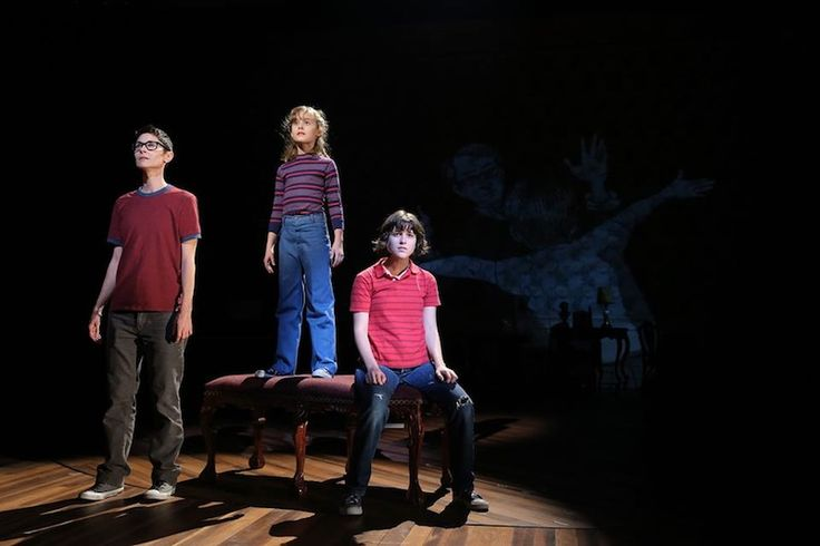 Alison Bechdel's 'Fun Home' Is The LGBT Musical We've Been Expecting For 15 Years