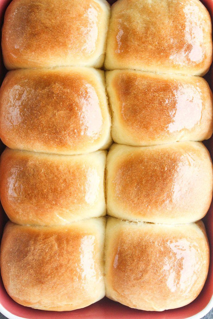 Weiche, flauschige hausgemachte Brötchen ohne Eier!   – Yummy in my tummy!