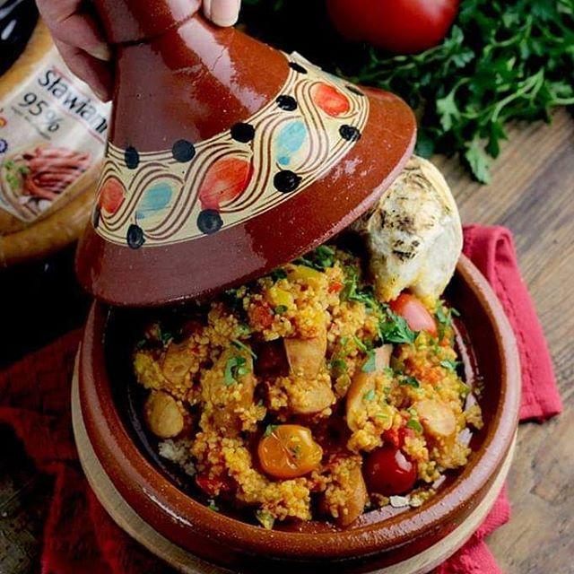 Uwielbiam Do Swoich Dan Przemycac Inspiracje Z Podrozy Dzis Zabieram Was Do Tunezji I Maroko Na Przepyszny Kus Culinary Recipes Food And Drink Cooking