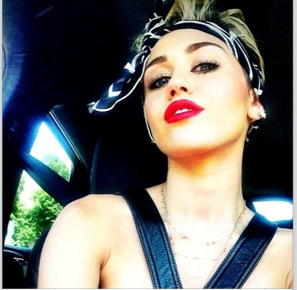 Miley Cyrus Instagram | Miley Cyrus Twitter Pics