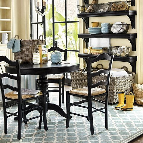 Bermuda indoor outdoor rug bermudas table and chairs for Ballard designs dining room