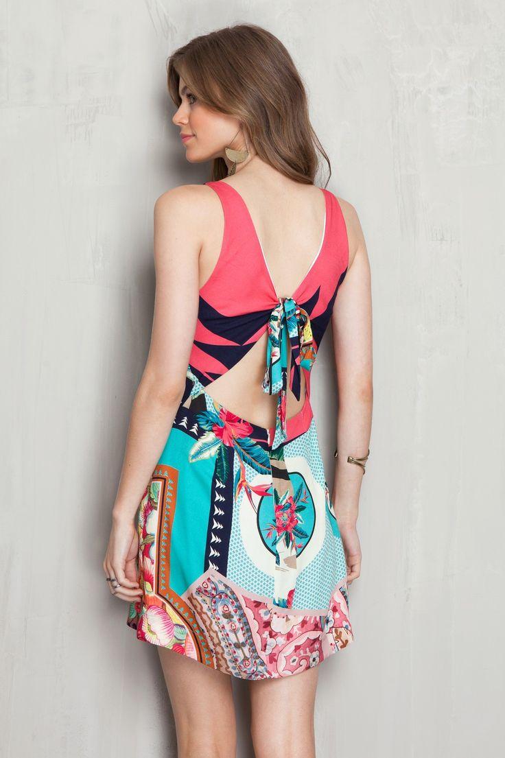 Vestido estampado lenço patchwork   Dress to