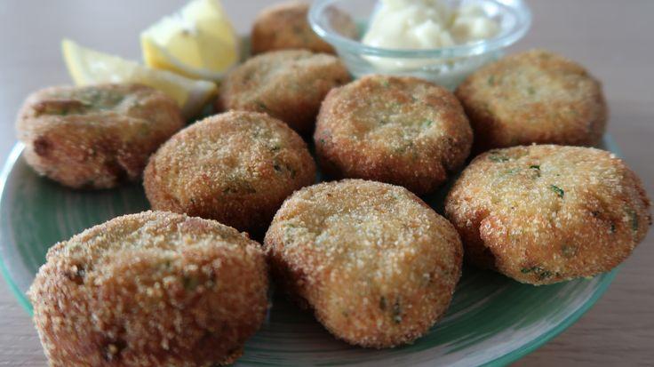 Polpette di zucchine, ricetta facile e veloce. Polpette di verdure con ricotta e zucchine croccanti. Un'alternativa per i vegetariani o per i bambini