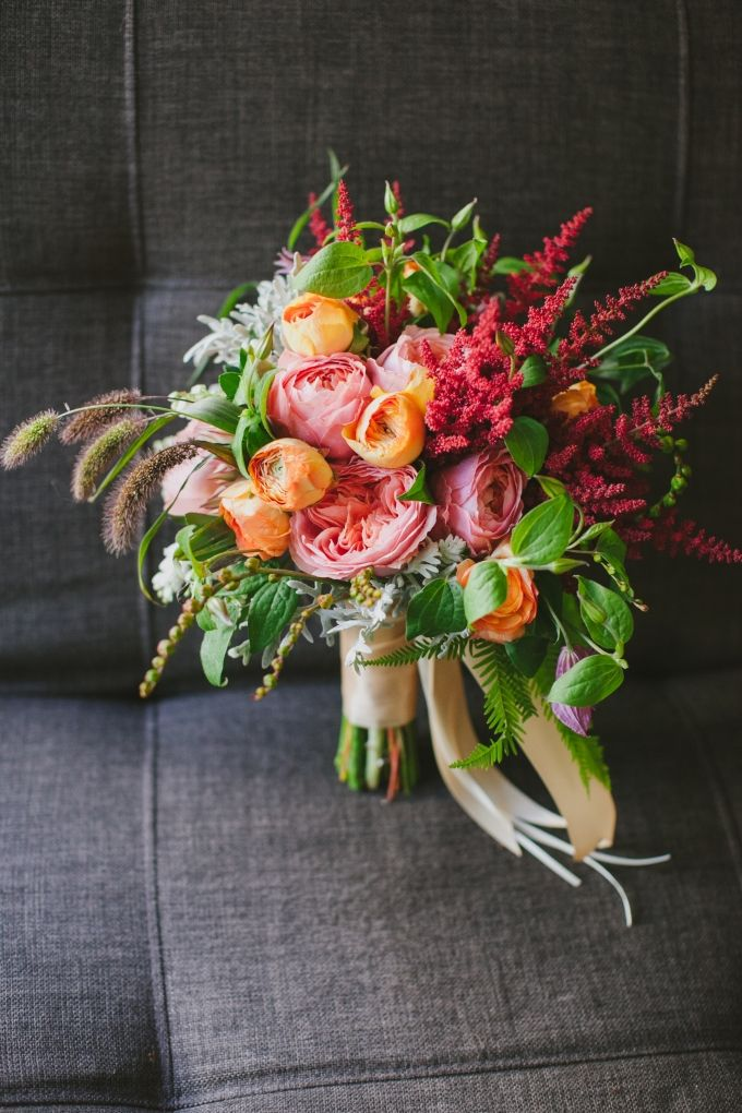 bright pink and orange bouquet | Jerry Yoon Photographers | Glamour & Grace
