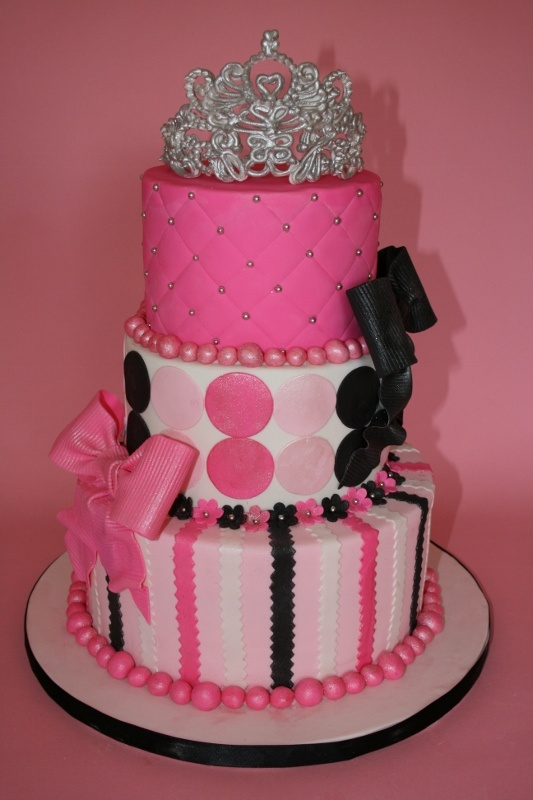 Best Love Cake Images : 13 Best images about Pretty Princess on Pinterest ...