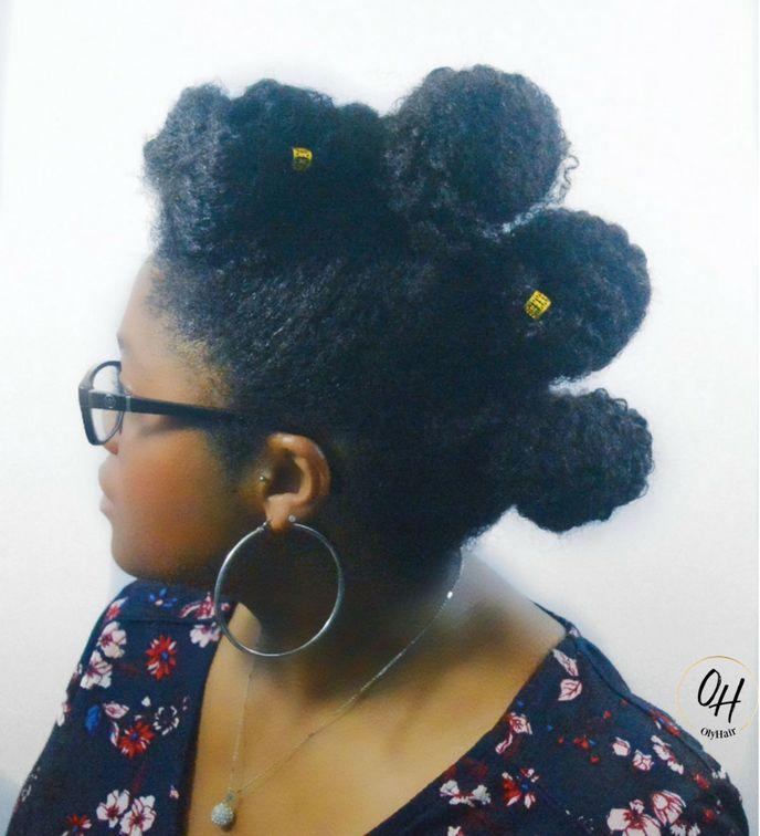 Coiffure protectrice sur cheveux crépus naturels : frohawk bun  #cheveuxcrepus #coiffureprotectrice #sansrajout #sansmeche #frohawk #frohawkbun #bunhawk #twistout #afrohair #olyhair