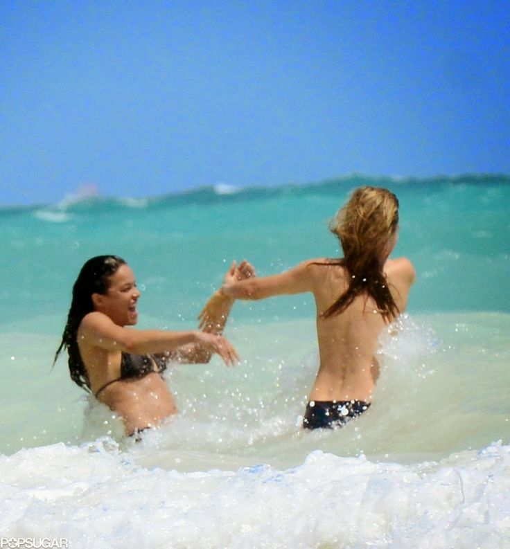 Cara Delevingne and Michelle Rodriguez relaxing in Cancun, Mexico
