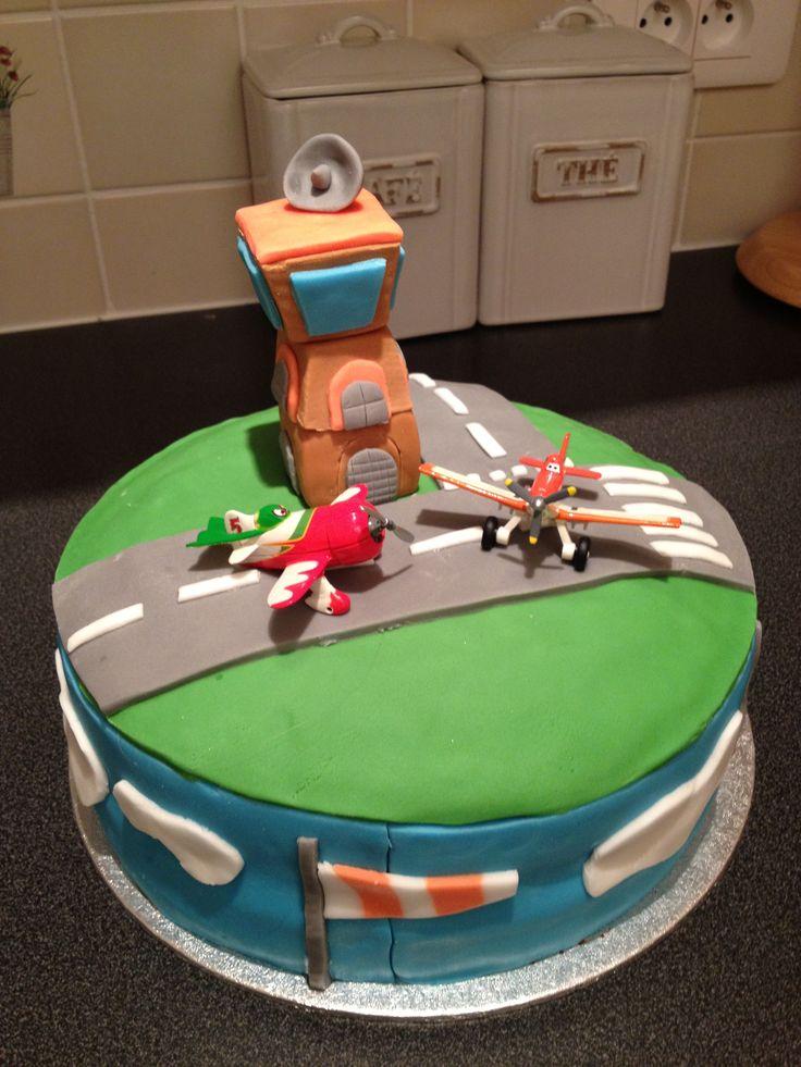 Sammys Disney Planes cake 2013 aged 3