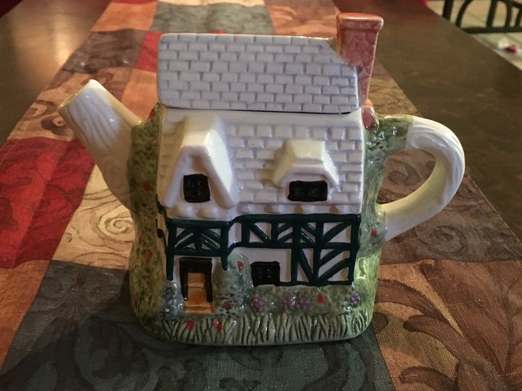 Decoration only house teapot   From Hopes closet